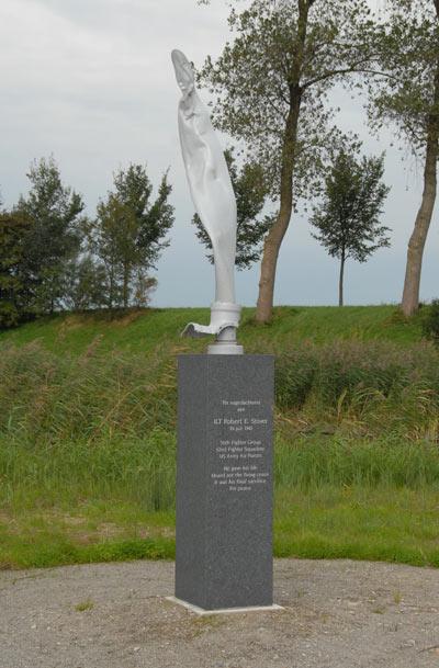 monument_robert-e-stover_oude-tonge_goeree-overflakkee_genealogie